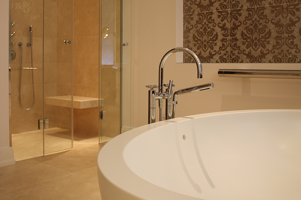limestone dusche und boden - Natursteinwand Badezimmer